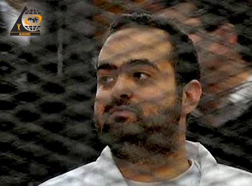 حتى لا تتحول النيابة العامة إلى خصم ،  على النائب العام فتح تحقيق في تجديد حبس محمد عادل وتعنيفه في غياب محاموه